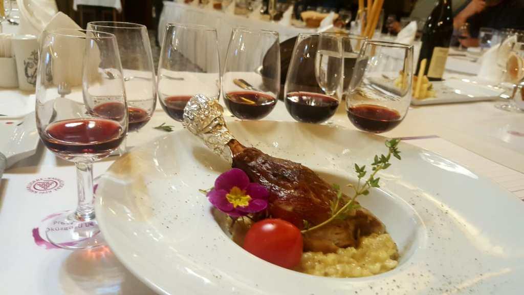 kavaklıdere prestige öküzgözü wine şarap tasting tadım tatlı sert 2004 2008 2009 2011 2012 selçuk restoran restaurant bursa tadım kulübü buğday risotto kuzu incik