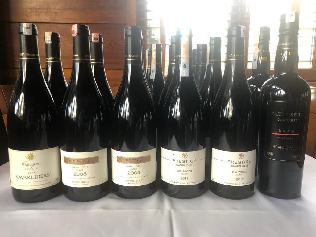 kavaklıdere prestige öküzgözü wine şarap tasting tadım tatlı sert 2004 2008 2009 2011 2012 selçuk restoran restaurant bursa tadım kulübü