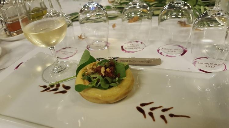 Bursa Tadım Kulübü Sarnıç Selendi Chardonnay Viognier Narince Enginar Semizotu Şarap