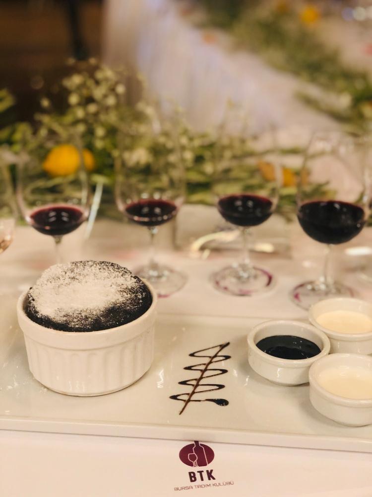 çikolatalı sufle moralı blend bursa tadım kulübü selçuk restaurant shiraz merlot wine şarap selendi akhisar sarnıç
